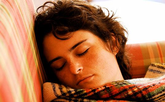 Tudo o Que Ajuda a Dormir Melhor